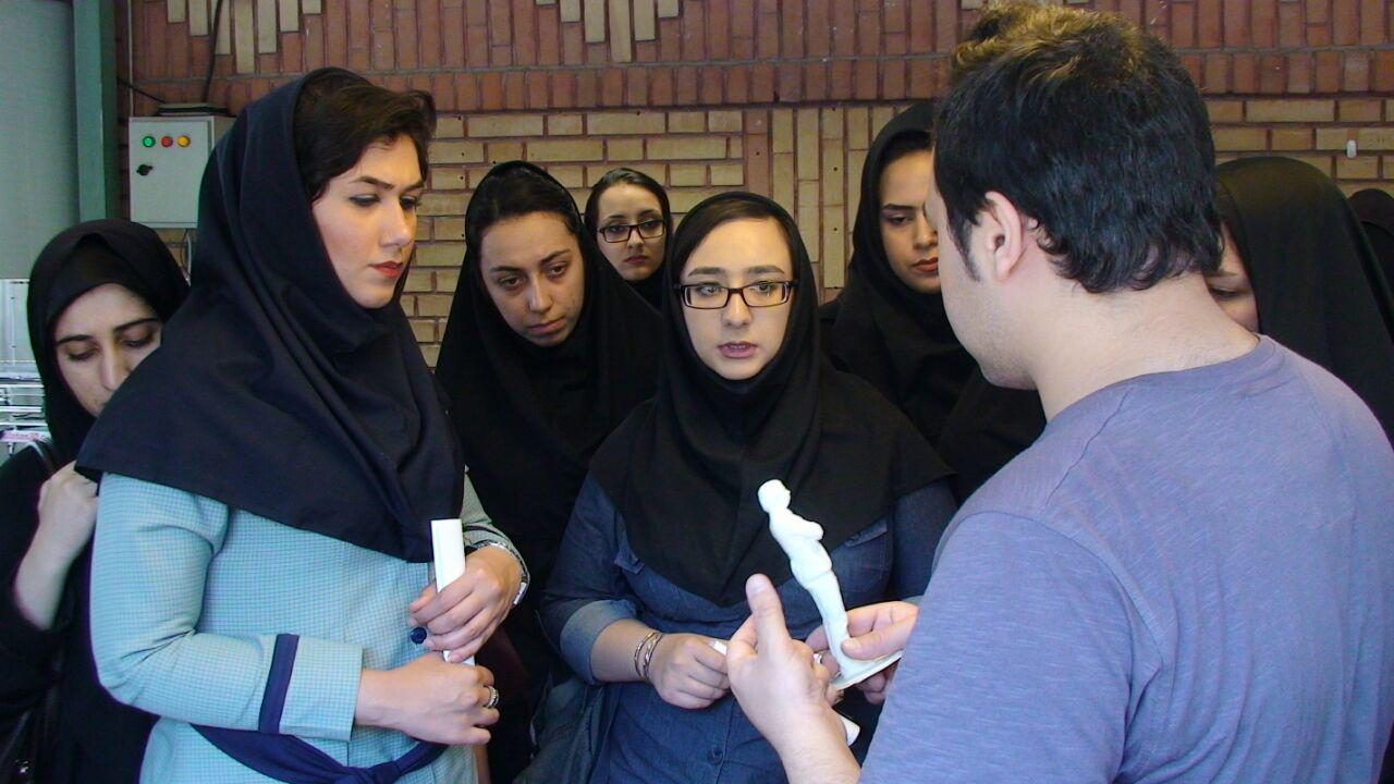 بازدید دانشجویان دانشکده ولیعصر